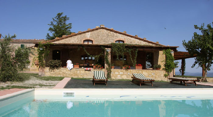 Villas in tuscany divina toscana for Rent a house in tuscany