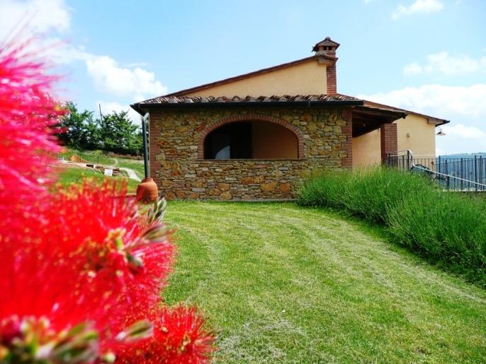 Last minute giugno 2011 agriturismi e ville in toscana - Ville con giardino foto ...
